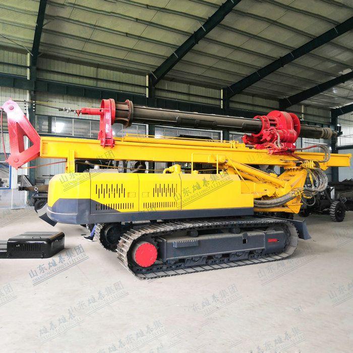 Crawler type rotary drilling machine